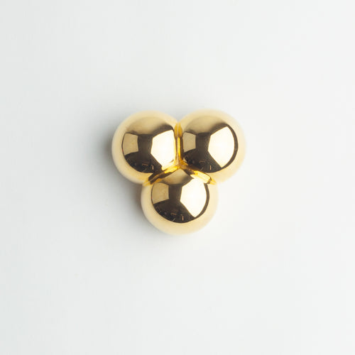 'Extra Button' - gold circles