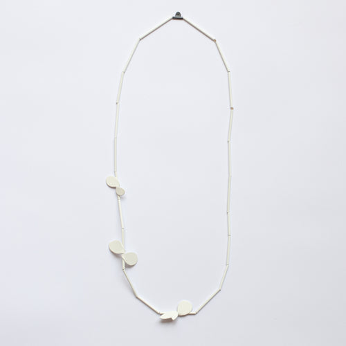 'Leaf' necklace - white