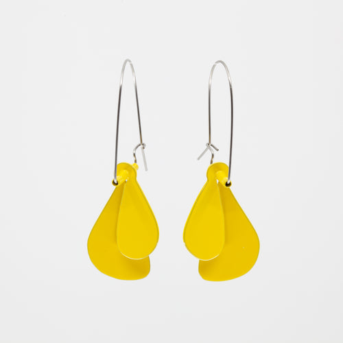 'Leaf' earrings (L) - yellow