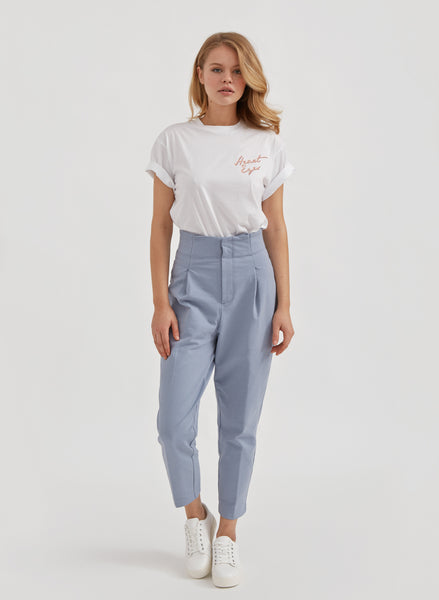 Heart Eyes Boyfriend Tee