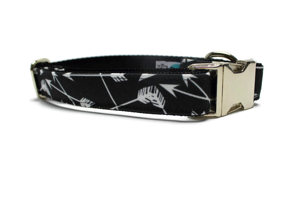 Black and White Arrows Canvas Dog Collar