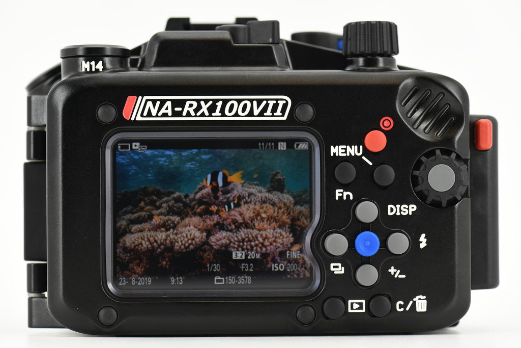 Sony Cyber-shot RX100 MkVII - Nauticam NA-RX100VII housing 17424