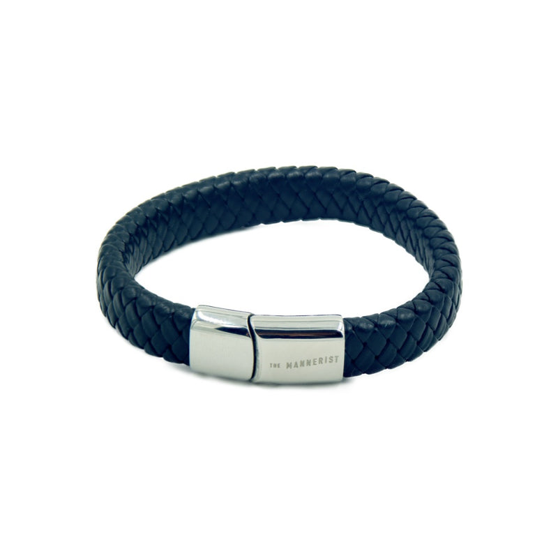 Men's leather bracelet with a single rope style black leather band and branded magnetic clasp