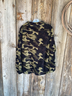 The Wilderness: Camo Pullover