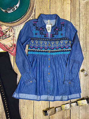 The Corriente: Denim Blouse