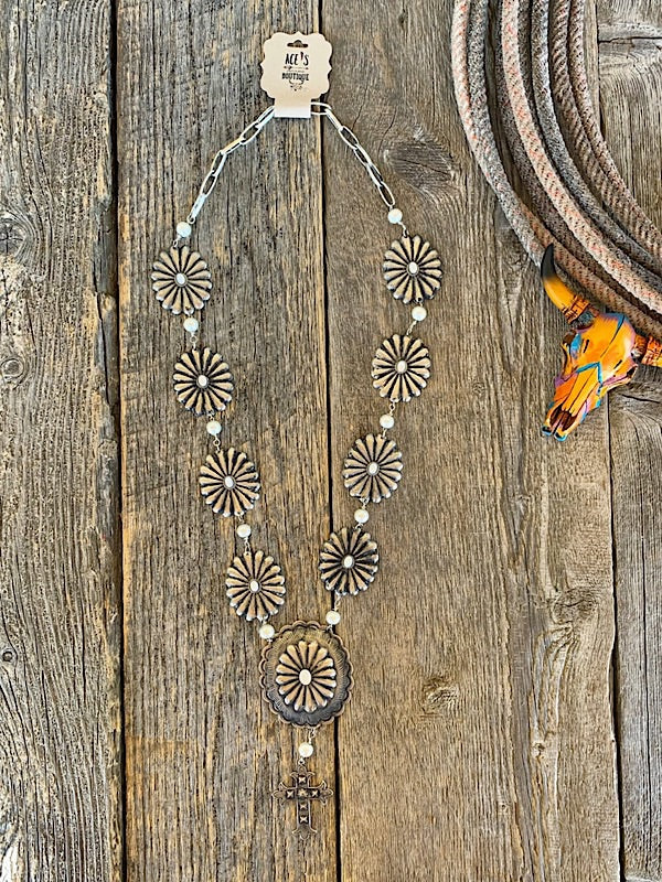 Delicacy: Concho Necklace