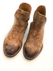Tan Distressed Boot
