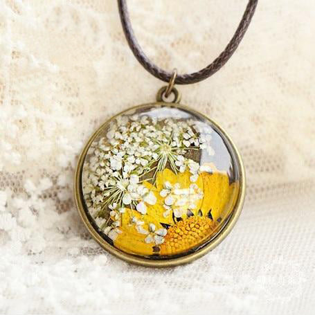 Hand-painted Immortal Flowers Necklaces