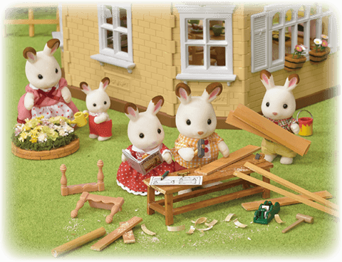 Sylvanian FAmilies Wood work creating DIY tools