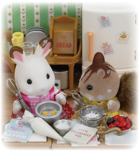 Sylvanian Families Baking in the kitchen