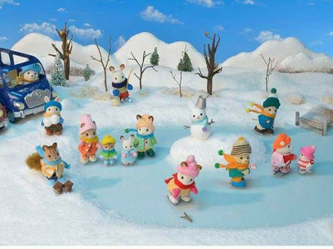 Sylvanian Families winter moments