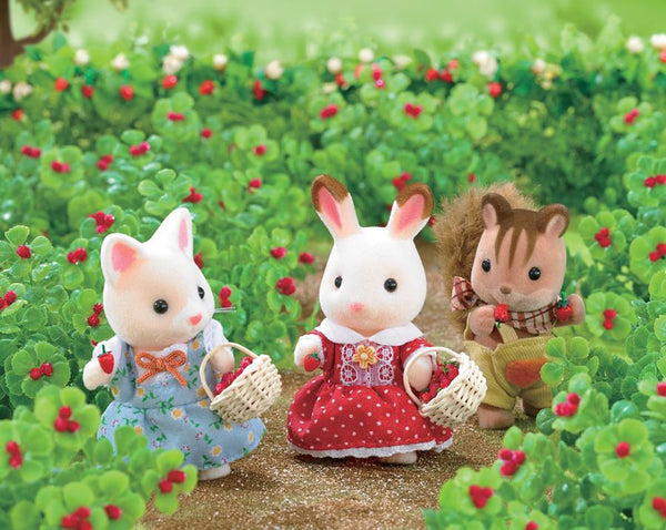 Sylvanian Families Berry picking adventure