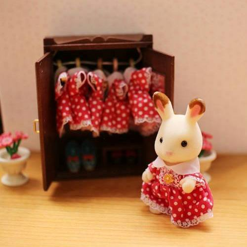 Sylvanian FAmilies Freya's red dress