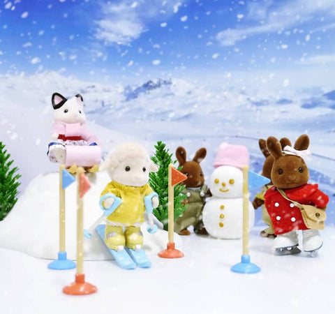 Sylvanian Families Winter sports sledding and carnival