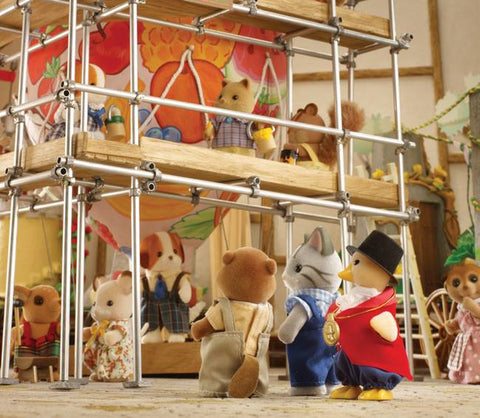 Sylvanian Families Mayor Waddlington Duck inspecting building site
