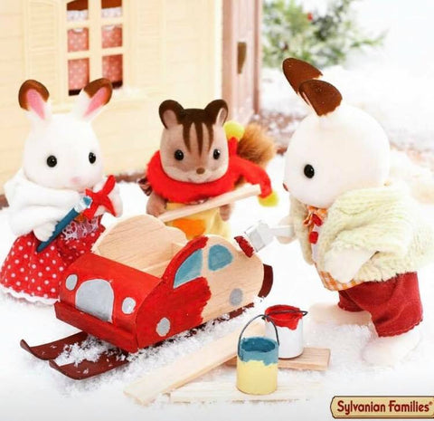 Sylvanian FAmilies winter car on skis set