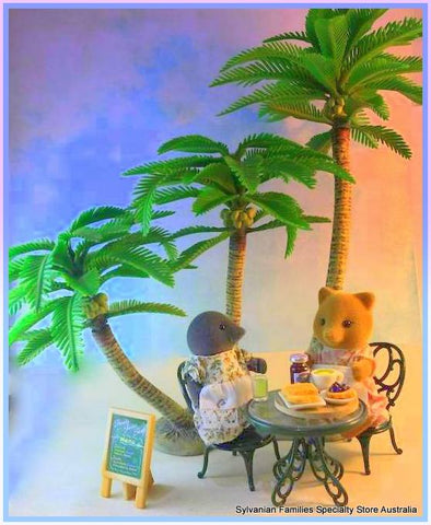 Sylvanian Famlies Coconut Palm tree beach seaside scene