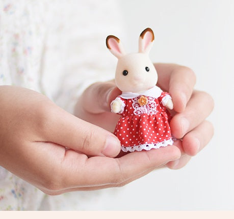 Sylvanian Families freya's red dress poem