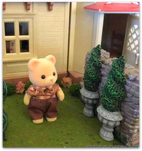 Sylvanian Families with topiary trees garden scene