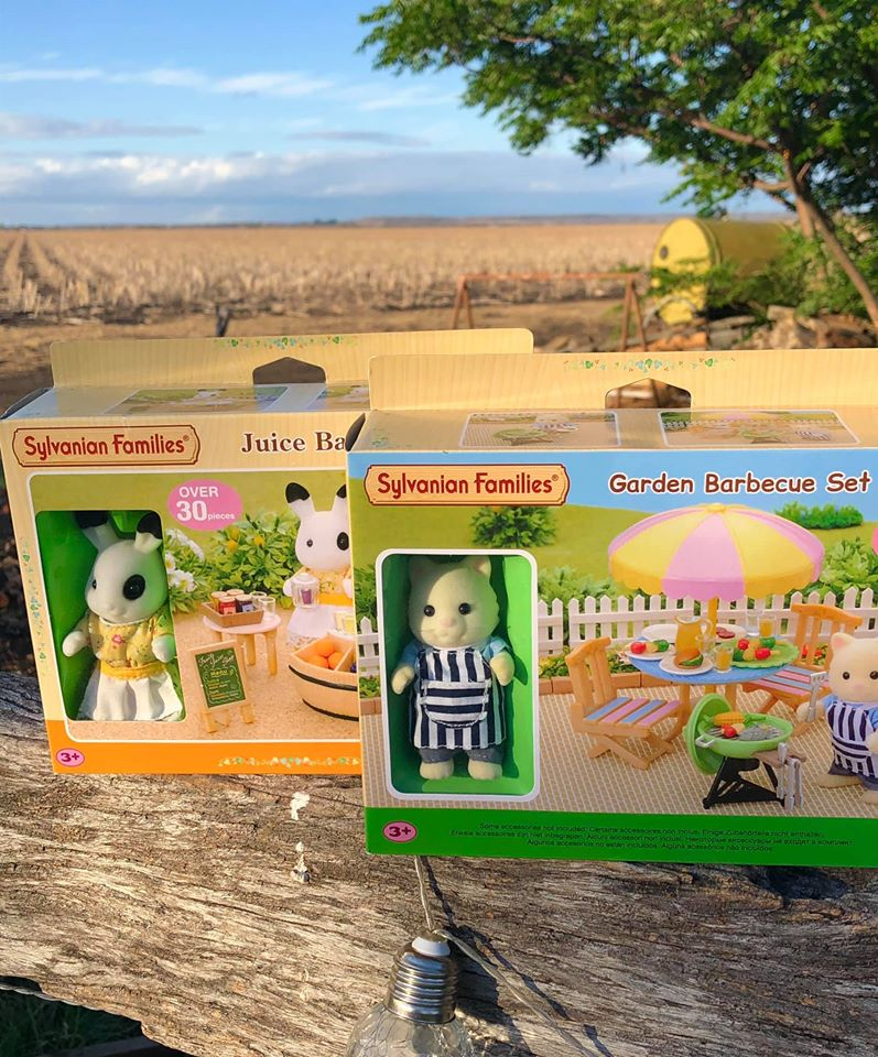 Sylvanian Families out country retired and discontinued items