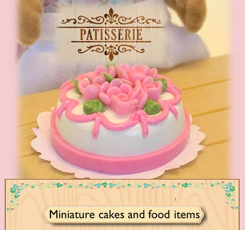 Sylvanian FAmilies accessories and miniatures for dollshouses