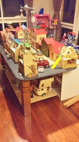 Sylvanian Families DIY play table and storage