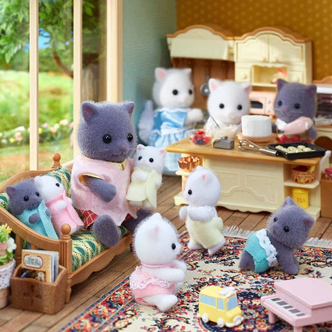 Sylvanian Families Gray white persian family