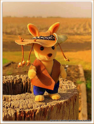 Original Farmer costume for Sylvanian Families kangaroo