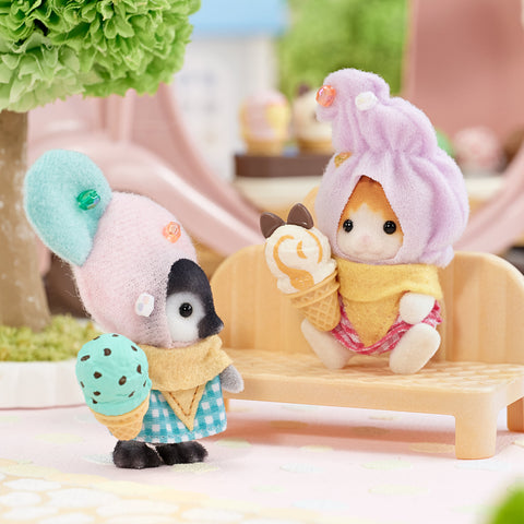 Sylvanian Families Penguin baby and cat