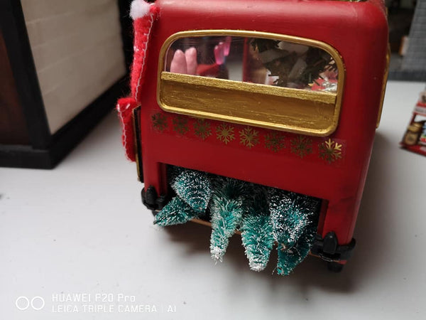 Sylvanian Bus delivering Christmas trees