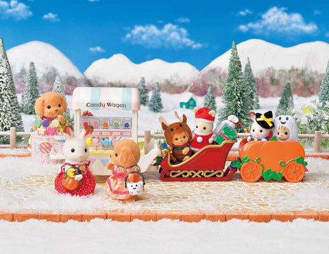 Sylvanian Families Sleigh Candy Wagon, Halloween connecting to each other