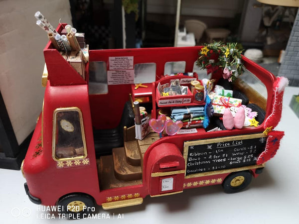Sylvanian FAmilies Christmas bus converted