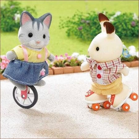 Sylvanian Families unicycle rollerskates