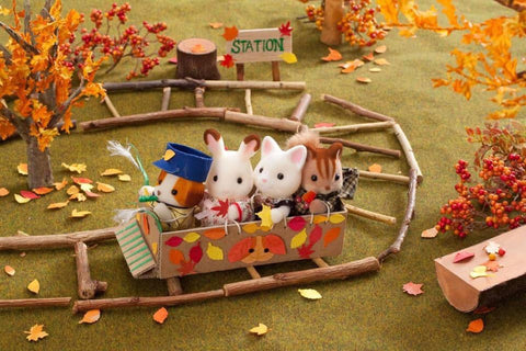 Sylvanian FAmilies carboard box train
