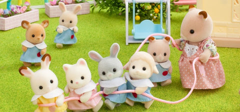 Sylvanian Famlies lots of babies