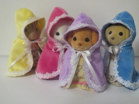 Sylvanian Families capes winter warmth