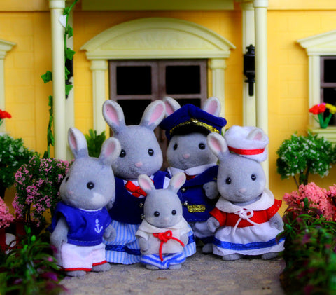 Sylvanian Families Seabreeze Rabbit Family rare Japanese exclusive