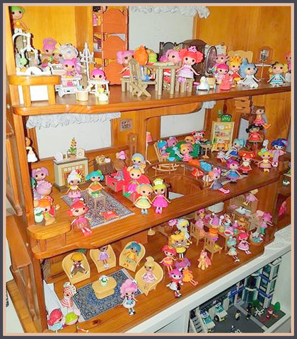 Lalaloopsy dolls in their Sylvanian mansion