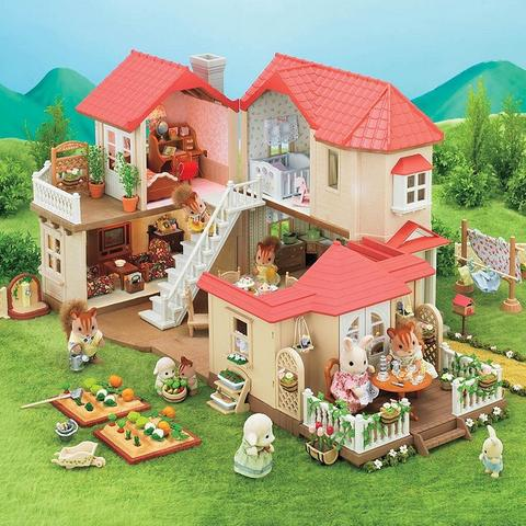 Sylvanian FAmilies Garden and WAshing Day Beechwood Hall