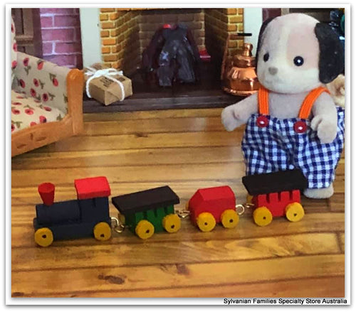 Sylvanian Families Beagle toy train miniature nursery fun