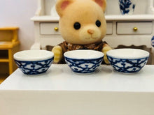 Sylvanian Families bear with bowl