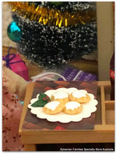 12th scale doll miniature Chistmas scene mini mince pies