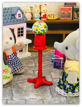 Sylvanian Families elephant with Gumball machine in grocery store