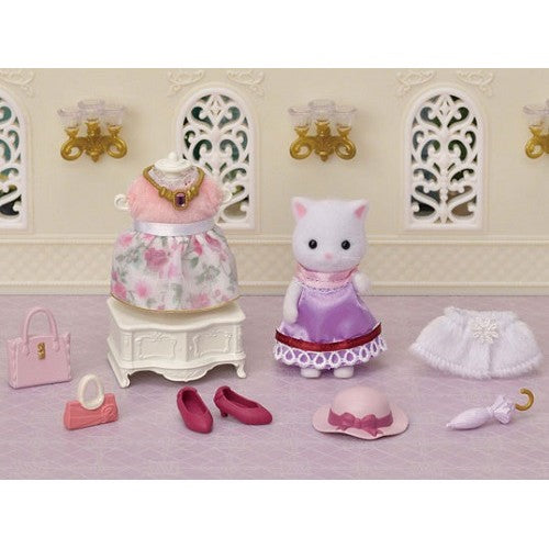 Sylvanian Families Fashion Play Set with Persian Cat - SF 5461 alicia teak