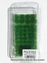 GRASS TUFTS - Dark Green - Adhesive clumps to add to dioramas