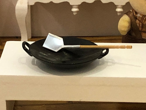 Dollshouse miniature wok 1:12