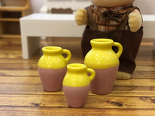 Dollshouse vases yellow pink tone