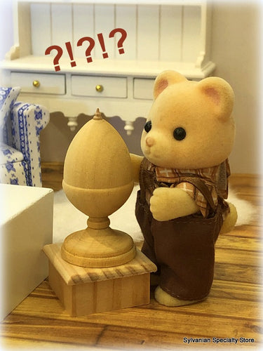 Wooden Acorn Finial dollshouse