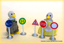 Siku traffic signs stop sign Sylvanian Families duck family