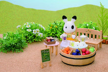 Sylvanian Families Juice Bar and Betty Blackberry Rabbit Set